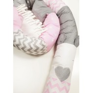 Бортик-змейка №3 в кроватку для новорожденных
